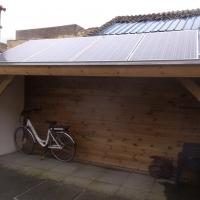 fietsenberging met zonnepanelen