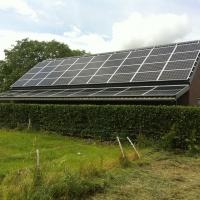 houtberging met zonnepanelen 14 kWp